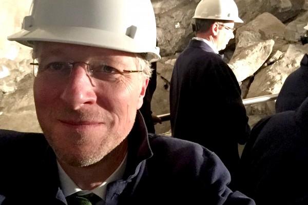 Jobst-Hinrich Wiskow, Abteilungsleiter Presse und Öffentlichkeitsarbeit des BDI, zu Gast bei der Sitzung des Rohstoffausschusses