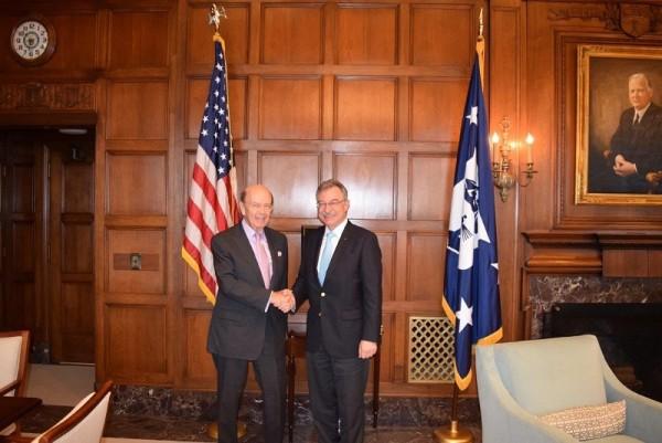 Dieter Kempf mit US-Handelsminister Wilbur Ross