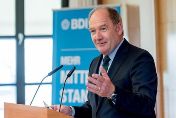 Hans-Toni Junius, Vorsitzender des BDI/BDA-Mittelstandsausschusses