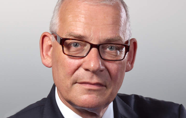 Claus  Günther